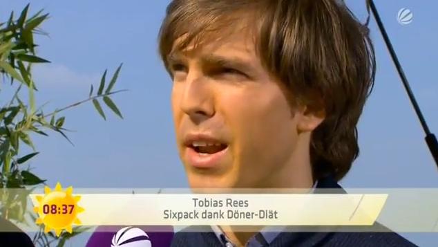 Tobias Rees: Sat.1-Frühstücksfernsehen, Sixpack dank Döner Diät.