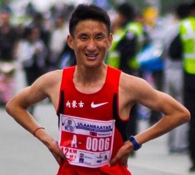 Muskelaufbau Tipps: Foto eines Marathon-Läufers.
