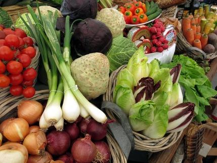 basenbildende Lebensmittel: Foto von frischem Gemüse