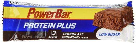 Eiweißprodukte: Foto einem Eiweissriegel von PowerBar mit Chocolate Brownie Geschmack.