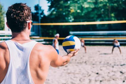 Den inneren Schweinehund überwinden beim Volleyball spielen.
