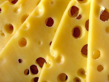 Foto von dem kohlenhydratarmen Lebensmittel fettreduzierter Käse.