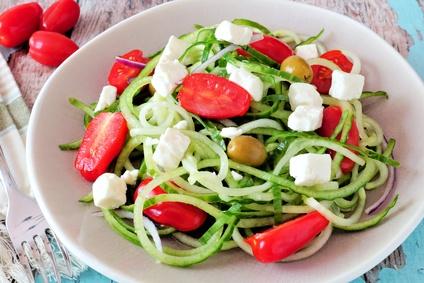 Ernährung umstellen Rezepte: Foto von Gemüse statt Pasta zum Abnehmen.