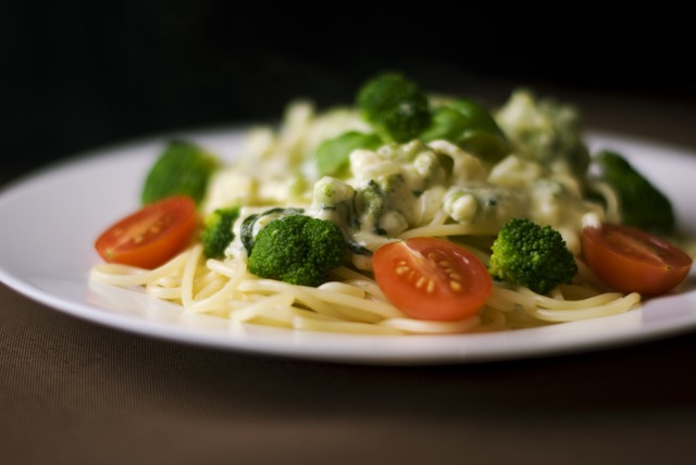Ernährung umstellen Rezepte: Foto von Pasta mit der leichtesten Sahnesoße der Welt.