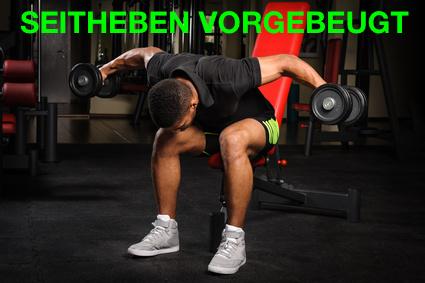 Foto von einem Mann bei der Trapezmuskel-Übung Seitheben vorgebeugt.