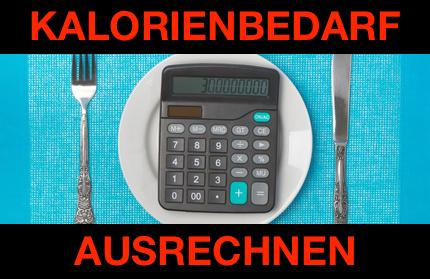 Kalorienbedarf ausrechnen: Foto von einem Taschenrechner auf einem Teller mit Besteck.