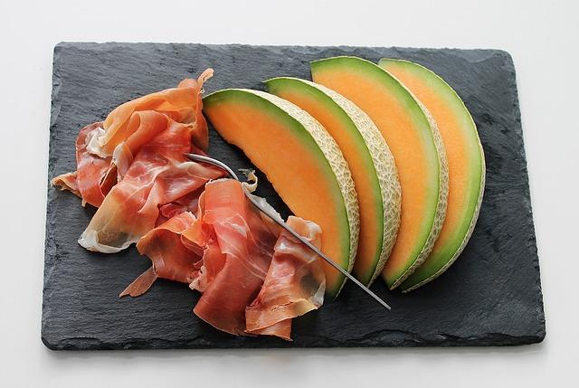 Kohlenhydratarme Lebensmittel: Foto von dem eiweißreichen Nahrungsmittel Trockenfleisch.
