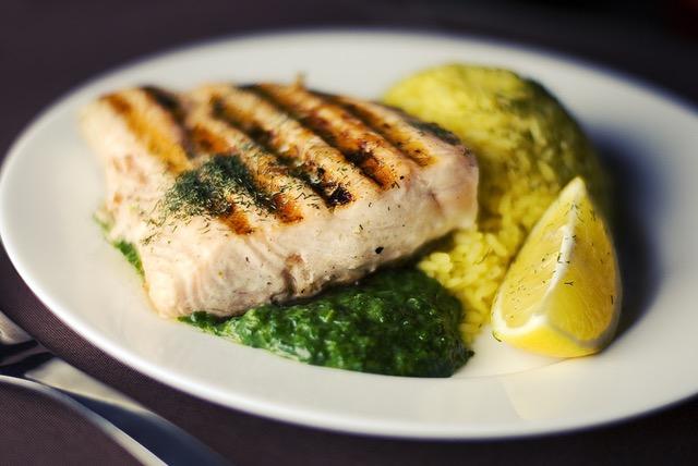 Kohlenhydratarmes Mittagessen: Foto von Fisch Curry.