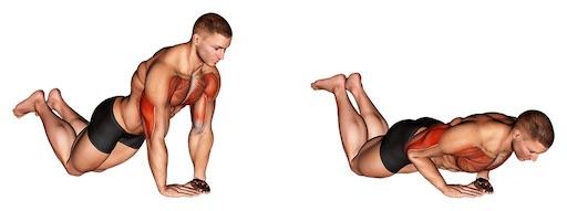 Trizeps Übungen für zuhause: Foto von der Übung TrizepsLiegestützen kniend.