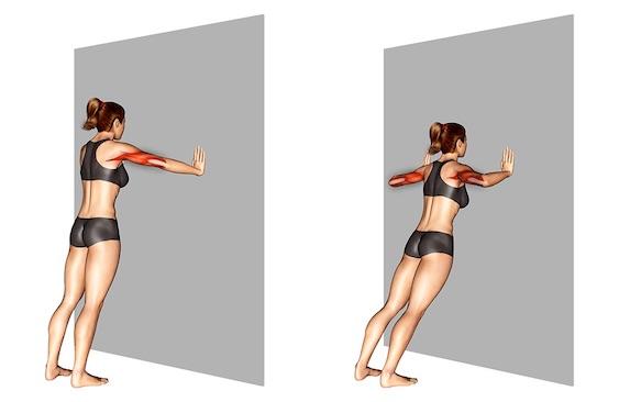 Übungen Brust Frau: Foto von der Übung breite Wandliegestütze.